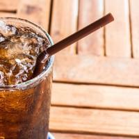 Cinco coisas que aconteceram quando decidi parar de tomar refrigerante