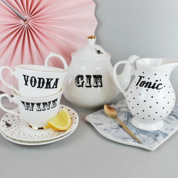 kit de chá vodca e prosseco gin